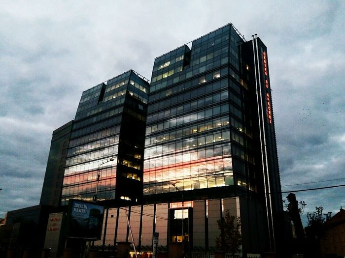 City Low Angle View Architecture Building Exterior Sunset Reflection Office Building Exterior Thenightiscoming