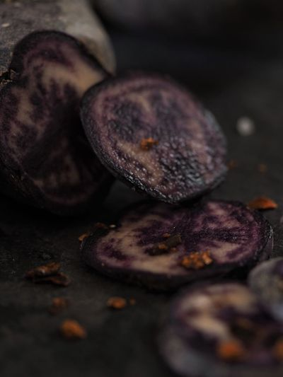 Purple Potatoes Food And Drink Food Freshness Selective Focus Healthy Eating Wellbeing Close-up Indoors  No People Still Life Vegetable Fruit Nut Table Root Vegetable Studio Shot Meat SLICE Cross Section Preparation  EyeEm Best Shots EyeEm Selects Special Foodporn