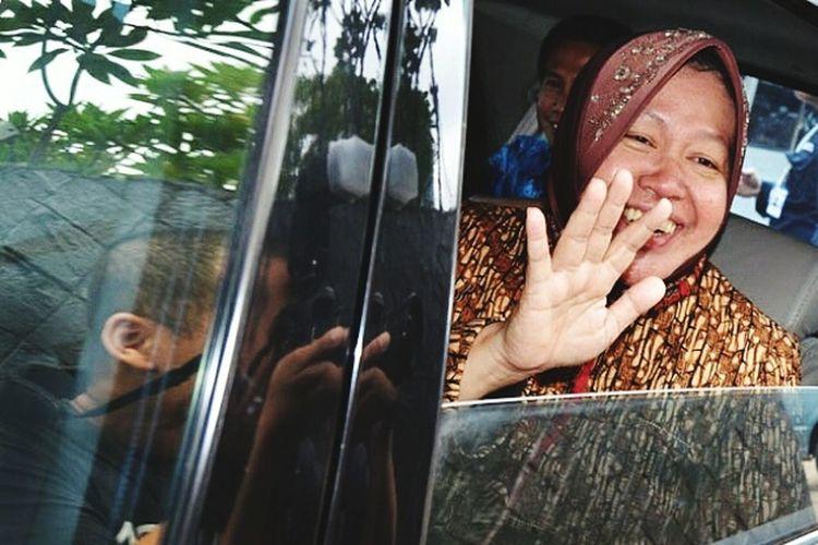 Surabaya vice mayor tri rismaharini Taking Photos Surabaya City indonesia photograpy Hello World