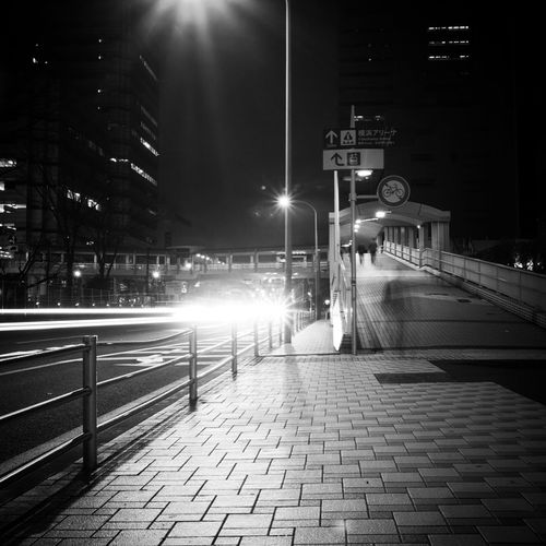 帰宅路 Return road Monochrome モノクローム 日本 Japan 横浜市 Yokohama Night Nightphotography