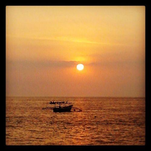Sunset Sengigi... Finouting IMOdiscovery Sengigibeach Sunset