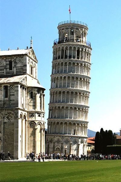 The leaning tower Traveling Italy❤️ Toscana Pisa Tower Architecture History