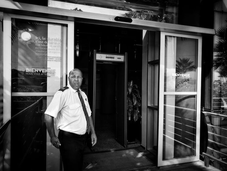 Bienvenue à Casablanca! Streetphotography Streetphoto_bw Blackandwhite First Eyeem Photo Igers Photooftheday Picoftheday Lensculture Morocco Monochrome EyeEm Gallery Street Photography HuaweiP9 Huaweiphotography Huawei P9 Leica Leicacamera EyeEmNewHere Casablanca, Morocco Casablanca CasablancaStreets Miles Away Uniqueness