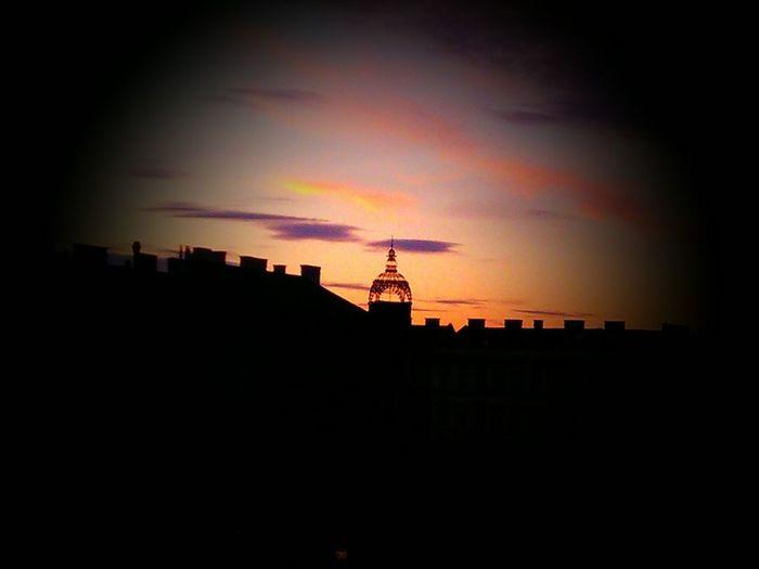 """Sunset in Vienna"" Sunset Vienna Skyline Clouds Purple Orange Pink Black Urban Silhouette Silhouettes Beautiful View Belanglose Bilder Unaffected Images"