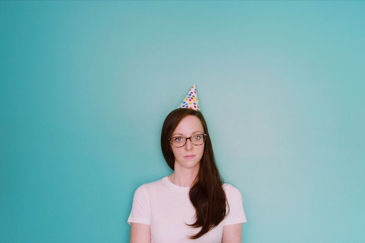 """Patricia, party of one..."" 7/5/17. Eyeglasses  Front View Copy Space Colored Background One Person Studio Shot Young Adult Headshot Portrait Looking At Camera Young Women Standing One Young Woman Only One Woman Only Indoors  Day People Adults Only Adult Self Portrait ThatsMe Sommergefühle Duh Surreal EyeEm Selects"