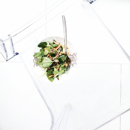 F R E S H N E S S Healthy Eating High Angle View No People Vegetable Food And Drink Food Bowl Indoors  Freshness Leaf White Background Close-up Day Freshness Fresh Vegetables Vegetable Salad Minimalism Minimalistic Minimal Minimalist Outdoor Photography Minimalist Photography  Minimalobsession Minimalmood