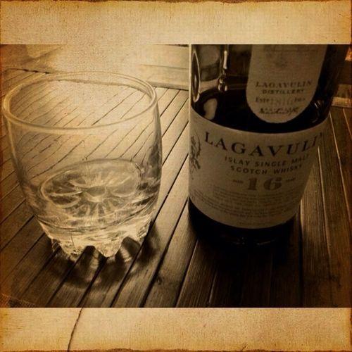 Friday Whiskey Lagavulin