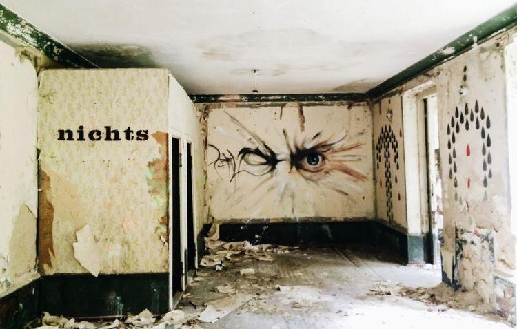 Urban Decay Graffiti Art Eyes nichts... nothing
