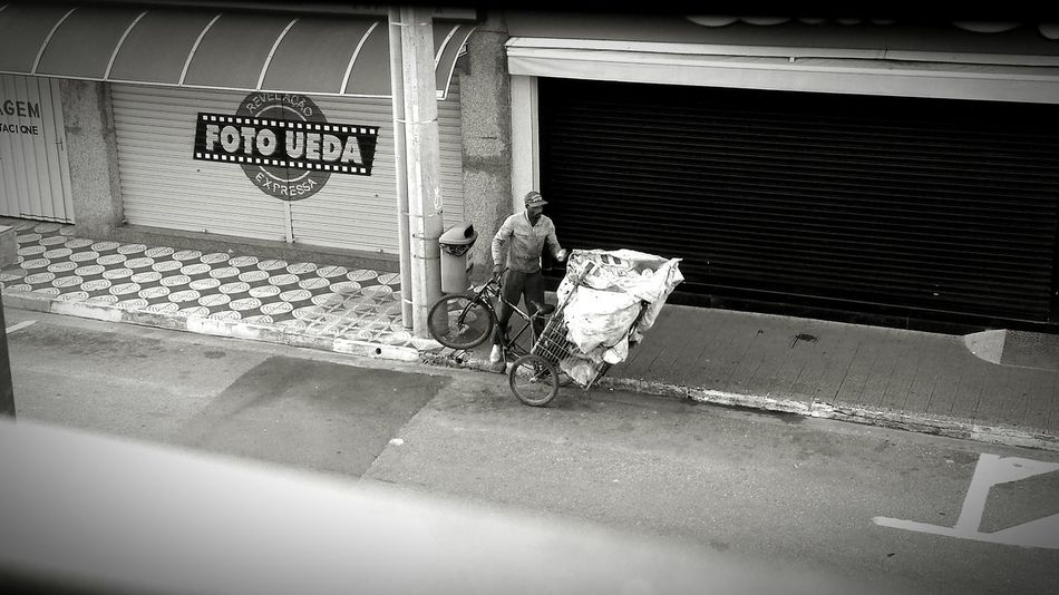 Inequality Injustice Sad Poorman Trash For Food Taking Photos Walking Around People Photography B&w