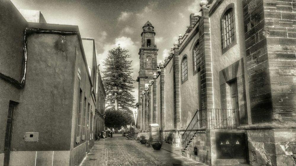 Gáldar Black & White Church Canarias