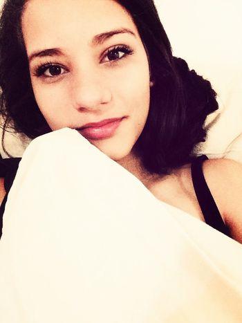 Good Night Girl Me Hello