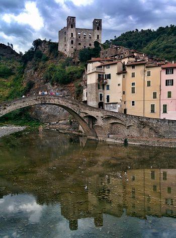 Italy Liguria Pontevecchio Bridge Castel Chateaux Italie Italia EyeEm Gallery Water Reflections