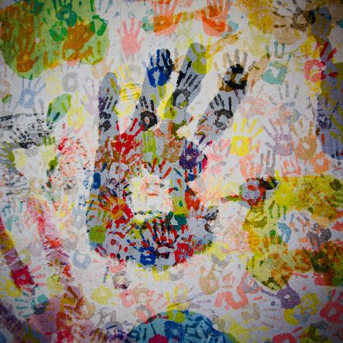 Hands On Handmade Hands Feeling Good Community TeamWork! Double & Double You & You Adventures Beyond The Ultraworld Handwork Hand In Hand Colors And Patterns Together Streetart People Childsplay Abstract Muster Mix Pattern, Texture, Shape And Form Hands On Hands Colorful Life Different Cultures Muster Flyfish Collected Community ArtWork