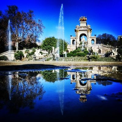 Parc de la ciutadella. Reflection of Barcelona 1/6 - #splendiaHotels #ig_cityGuide splendiahotels Ig_cityguide Splendiahotels