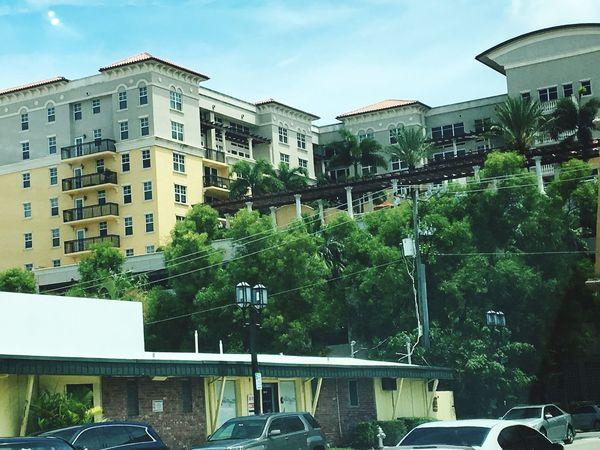 Miznerpark Streetview Apartments