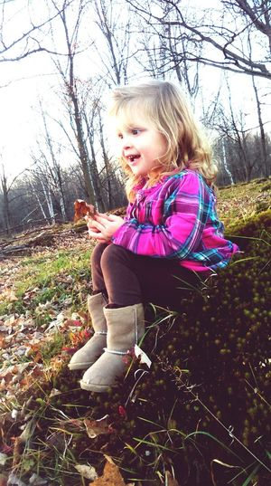 Eyemphotography Sweetie❤ Little Girl Plaid With Curls>>>> EyeEm Best Shots - Autumn / Fall Fallen Leaves Fall Colors