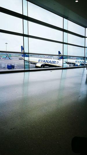 Sky Transportation Cloud - Sky Outdoors Plane Ryanair Dublinairport Flight Travel Destinations