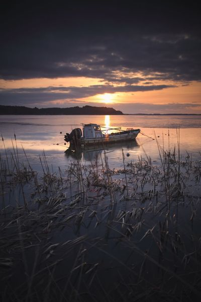 Boat Sunrise Morning Lake Sunset Beach Reflection Nature Water Tranquility Beauty In Nature Scenics Sky Cloud - Sky No People