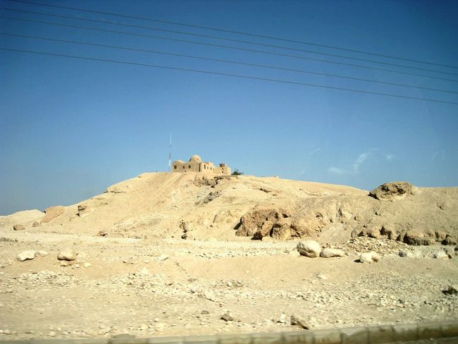 Deserts Around The World Luxor Valley Of The Kings Valley Of The Temples Egypt