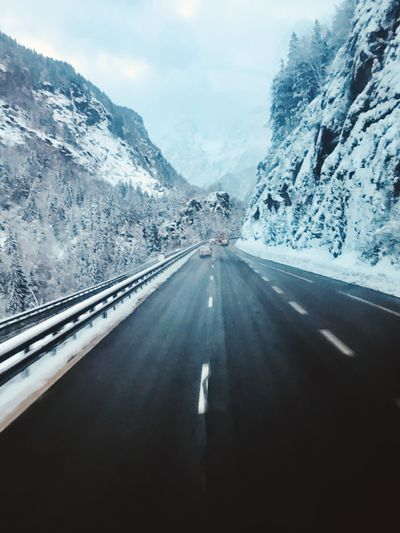 Road to Mont Blanc France 🇫🇷 Italy🇮🇹 Italy❤️ Montblanc Italy France Highway Stream Travelling Travel Mountain Transportation Snow Cold Temperature Winter Road Direction Nature The Way Forward Sky Beauty In Nature Car Day No People Motor Vehicle Mountain Range Diminishing Perspective Non-urban Scene