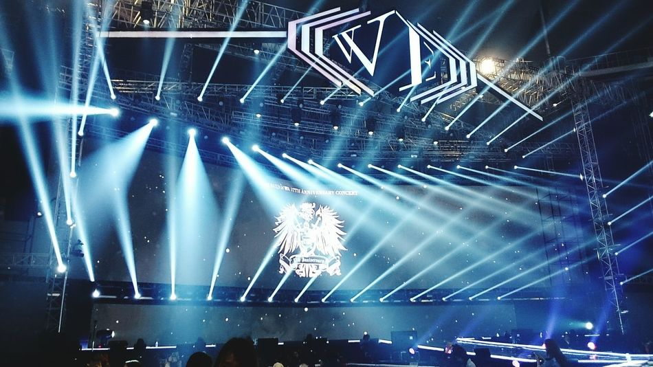 산!!!! 신화 Shinhwa 17th Concert We Shinhwa Eric Minwoo Hyesung Dongwan Junjin Andy 신화찬조 사랑해❤ 2015  신혜성