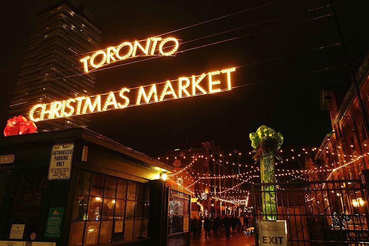 Toronto Christmas Market Toronto Canada YYZ Christmas Decorations Christmas Lights Christmastime Season Greetings