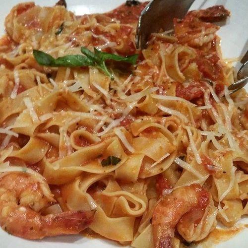 LP: Shrimp Portofino Dinnerisserved Dinnertime Bffgoodtime Chillsunday dahilnaubusanngbattery