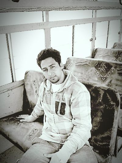 KoLjE bUs Ix MorE tHaN lAmBoRgIni .. College Bus Fun Music Flirting Freinds Pranks Raging Hard