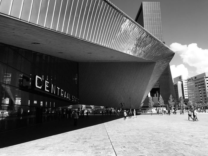 Central Station Rotterdam Rotterdam, Netherlands Large Group Of People Crowd Group Of People Building Travel Day Street The Mobile Photographer - 2019 EyeEm Awards The Architect - 2019 EyeEm Awards The Mobile Photographer - 2019 EyeEm Awards
