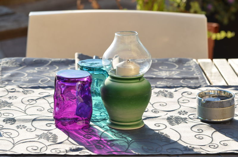 Bicchieri Bottle Coloured Glasses Drink Drinking Glass Drinking Straw Focus On Foreground Food And Drink Freshness Healthy Eating La Mise En Place Mise En Place No People Refreshment Table Tavolo Apparecchiato