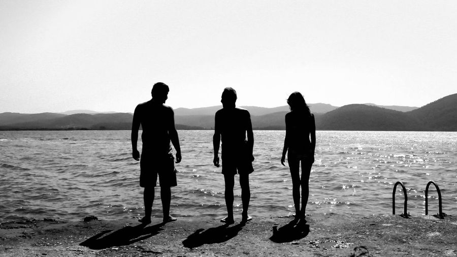 Vacation with family. This is the moment. Travel Traveling Blackandwhite Black And White Holiday Sun People Silhouette Light And Shadow Monochrome Photography Breathing Space Moments Of Happiness