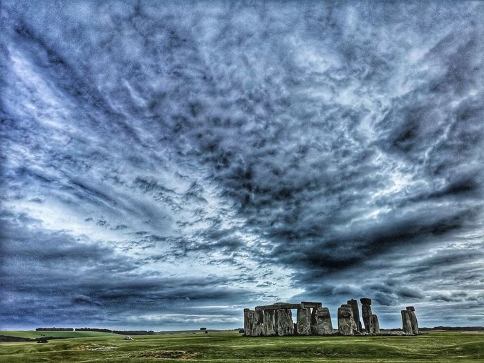 Mystical Stonehange Druid's Secret Place Stonehenge Stonehenge And Sky Stones Cloudscape Historical Monuments Historical Place English Heritage Best Place To Visit Field Sky Old Ruin Historic Ancient Civilization Ancient History