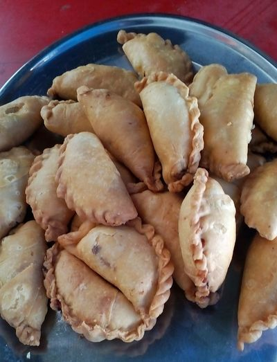 Curry puffs Curry Puff curry pastry Pastry Pastry Time Pastrylove Parcels Parcels Of Goodness Taking Photos Malaysian Food Malaysian Traditional Food Malaysian Cuisine Malaysianstreetfood Malaysian Food And Drink MalaysianFoodie