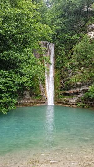 erfelek tatlıca şelaleleri Erfelek Sinop Selale Water Spraying Tree Motion Green Color Turquoise Flowing Water Long Exposure Waterfall