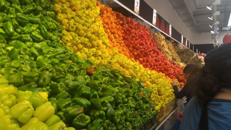 Rainbow Abundance Arrangement Basket Choice Collection Day Display Food For Sale Freshness Green Color Large Group Of Objects Lifestyles Market Market Stall Multi Colored Outdoors Retail  Sale Small Business Store Variation Yellow