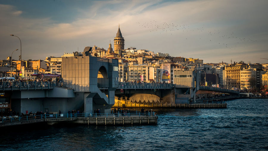 Galata Bridge - Istanbul Istanbul Istanbul Turkey Istanbuldayasam Galata Bridge Bosphorus Turkey Türkiye City Cityscape Galata Galata Tower Water Sky Transportation Travel Destinations Waterfront Bridge - Man Made Structure Connection Travel Sunset Cloud - Sky Architecture