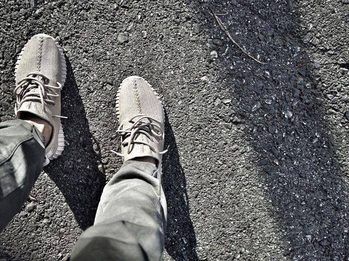 Shoe Sneakers Shoes Yeezy350 Fashion Streetfashion Menfashionhion Standing