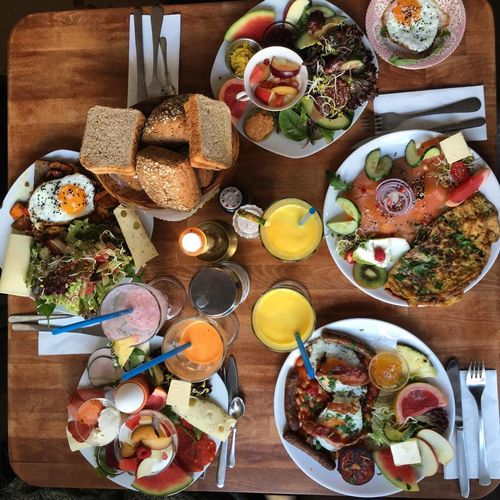 Fatma and Frieda Sunday Brunch :) Beans Bread Break Breakfast Brunch Cheese Day Dining Table Eggs Food Food And Drink Freshness Fruits Healthy Eating High Angle View Indoors  No People Orange Juice  Plate Ready-to-eat Table Vegetables