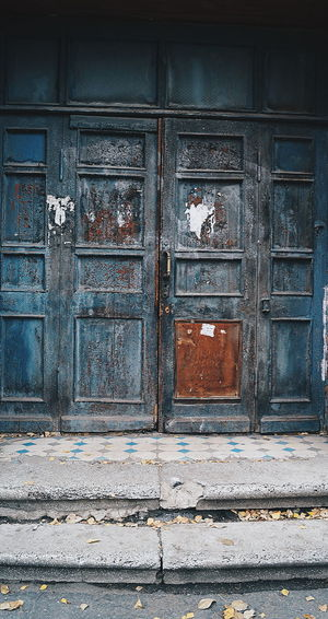 Flower Doors Lover Door Old Oldpaint Architecture No People Blue Grunge Grungy Textures Grunge Style
