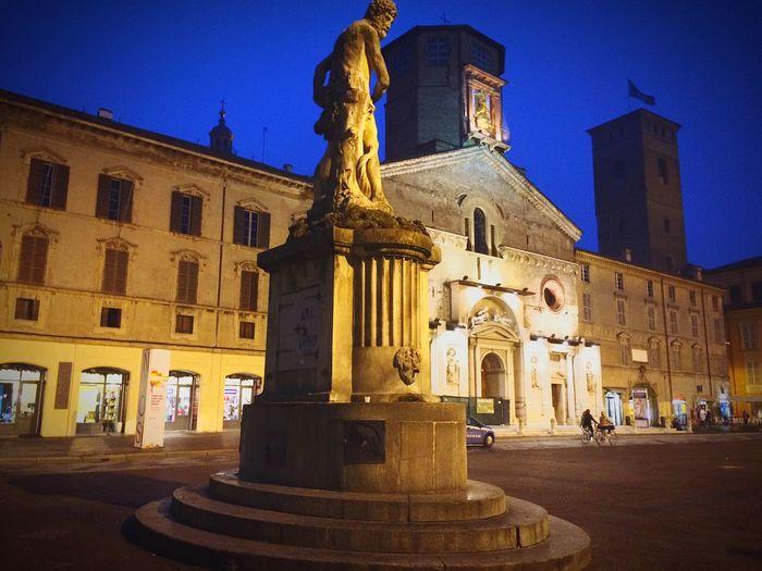 Reggioemilia Piazza Italy Monuments Church Reggionellemilia Chatedral People Photography The Architect - 2016 EyeEm Awards Fotografi Reggiani Fotografia Reggiana