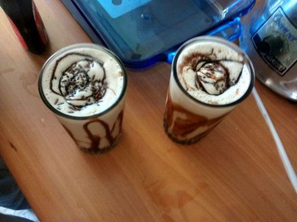 The Needed Milkshake Milkshake Chocolate Milk Glass Toddy Drink Syrop
