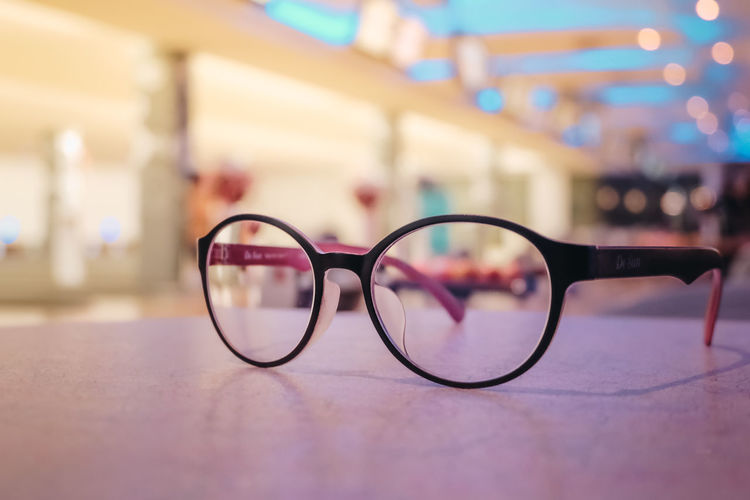 Close-up Eyeglasses  Eyesight Fashion Focus On Foreground Glass - Material Glasses Indoors  No People Personal Accessory Selective Focus Single Object