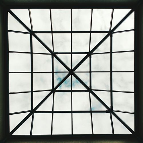 Raster Snapseed Mobile Photography Squaready Square Format Gridlove Pattern Cloud - Sky Sky Backgrounds No People Technology Architecture Indoors  Symmetry
