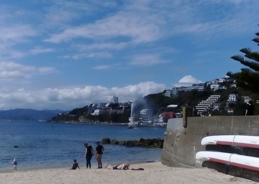 Sunny Day At The Beach  Far Clouds Beauty In Nature Building Exterior Built Structure Cloud - Sky Family At The Beach Lifestyles People Sea Sky