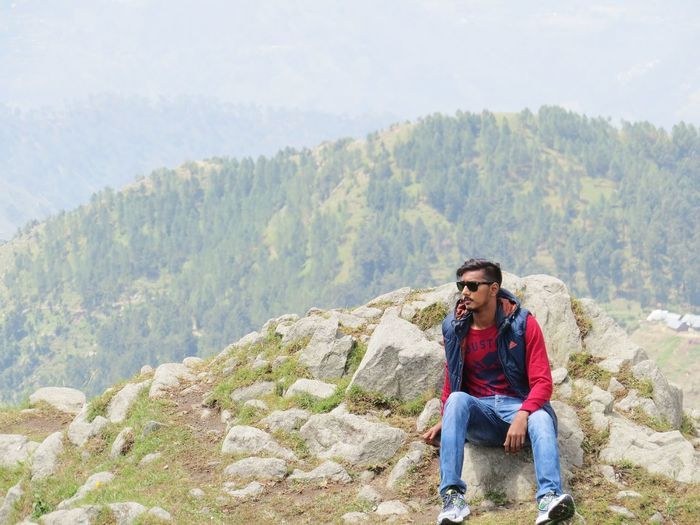 Beautiful things dont ask for attention. Hiking Mountains Dalhousie Dainkund_trek Scenic View Outdoors First Eyeem Photo