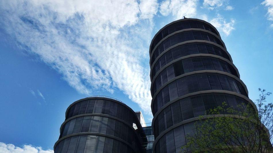 Buildinds Düsseldorf, Medienhafen Fujifilm Finepix SL1000 Sky And Clouds Eye4photography  Light And Shadow