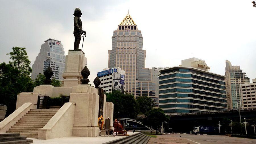 Taking Photos EyeEm Thailand,Rama6 th, Statues , Silhouettes Of A City Thailand_allshots .