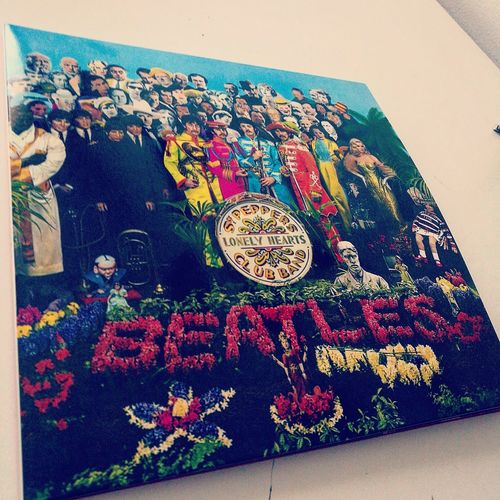 Lieblingsteil Multi Colored No People Day Outdoors Beatles Vintage Vinyl Colourful Colors Vinyl Records Sgtpepperslonelyheartsclubband Thebeatles