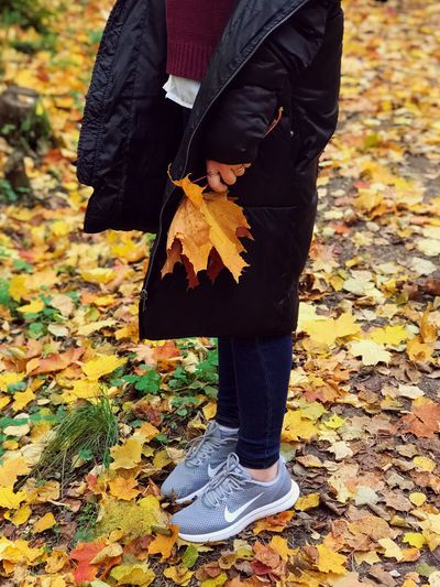 autumn time🍁 EyeEmNewHere EyeEm Best Shots EyeEm Gallery EyeEm Selects EyeEm Nature Lover EyeEmBestPics Yellow Fashion Autumn One Person Leaf Real People Plant Part Standing Low Section Clothing Lifestyles Nature Human Body Part Casual Clothing Women Warm Clothing