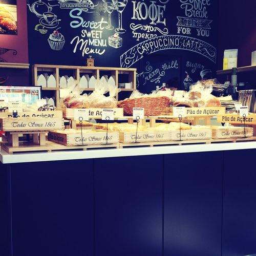 Coffee Bakes Vdk breads and cakes